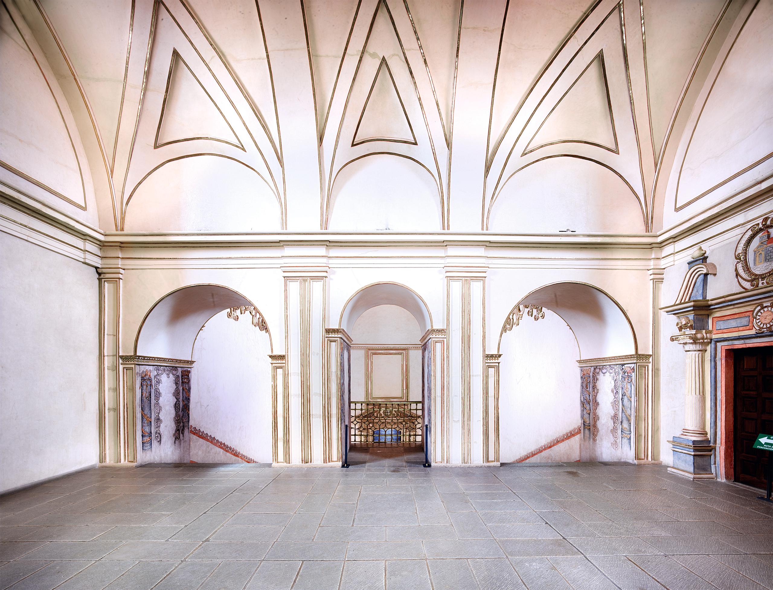 Convento de Santo Domingo Oaxaca I 2015    Candida Höfer en México   Museo Amparo, Puebla